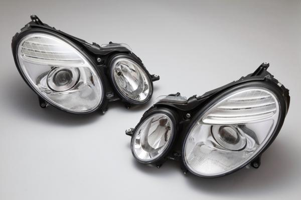 DEPO製 ベンツ W211 Eクラス 前期(-06y) 用/後期ルック 07yルック キセノンヘッドライト 左右 440-1126PXRDHEM_画像1