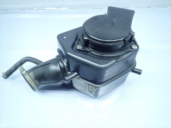 βP24 スズキ グラストラッカー BB ビッグボーイ NJ47A (H14年式) 純正 エアクリーナーボックス エアクリ 割れ有り!_画像1