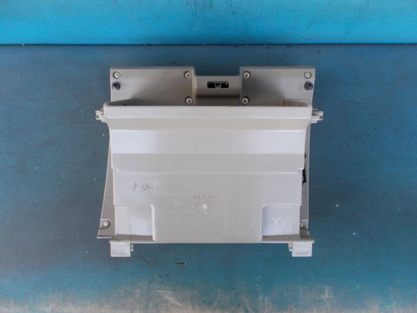 ダイハツ タント Xリミテッド DBA-L375S - グローブボックス - 457-019-B_画像2