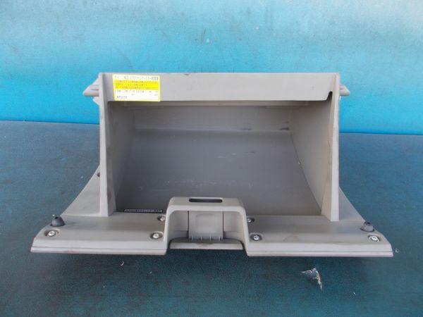 ダイハツ タント Xリミテッド DBA-L375S - グローブボックス - 457-019-B_画像3