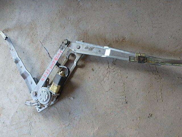#9-5-25# いすゞエルフ平成17年前後パッカー車の左レギュレーターモーター付き上_画像1