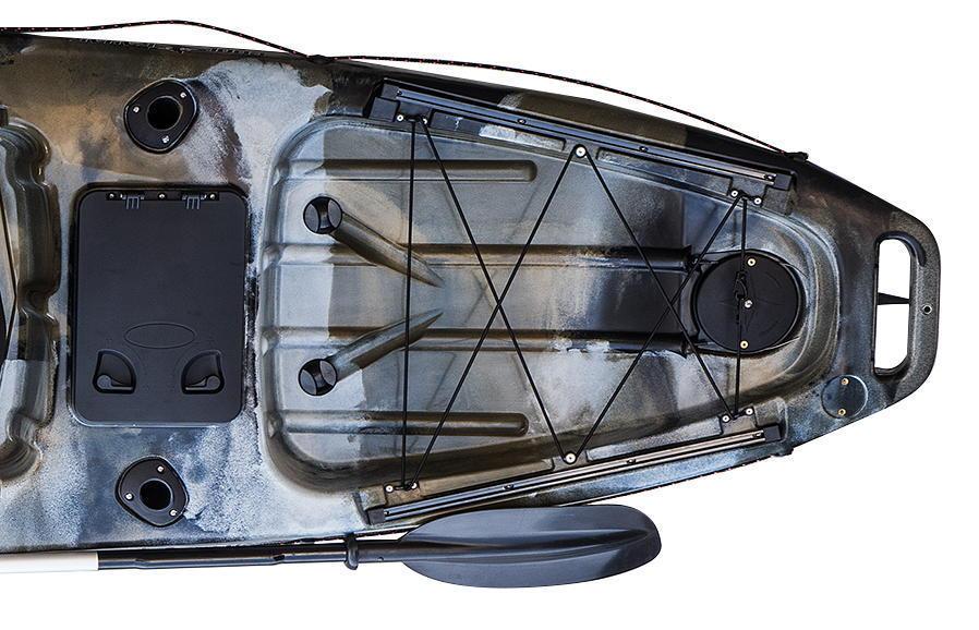 ☆入荷しました☆足漕ぎタイプのフィッシングカヤック(プロペラ式)13ft (397cm)☆イエロー×オレンジ☆今期の在庫は2艇のみです☆_リア側の画像です。