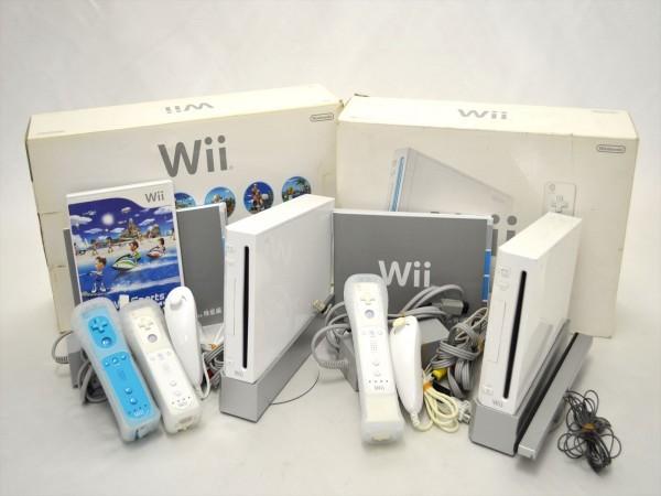 KM58●現状品まとめて!!●Nintendo Wii 本体 RVL-001セット 2点&Wii Fit +ソフト付き 欠品有_画像2