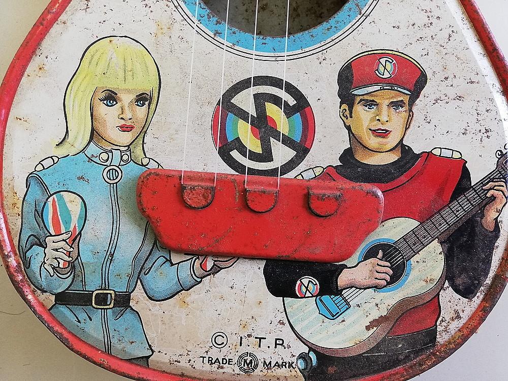 【希少!】 ★ ブリキ エレキギター ★ アンティーク コレクション 玩具 昭和レトロ_画像9