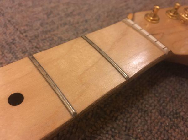 Squier スクワイヤ Affinity Stratocaster 改造品 モンスタートーンPU,GOTOHペグ_画像4