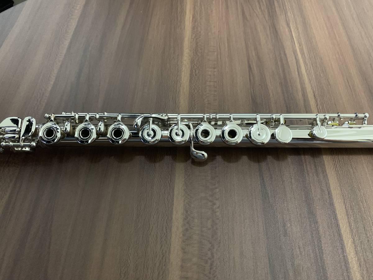 ムラマツ フルート 総銀製 PTP プラチナメッキ リングキー H管 美品 定価120万ほどの高価なモデルです。_画像3