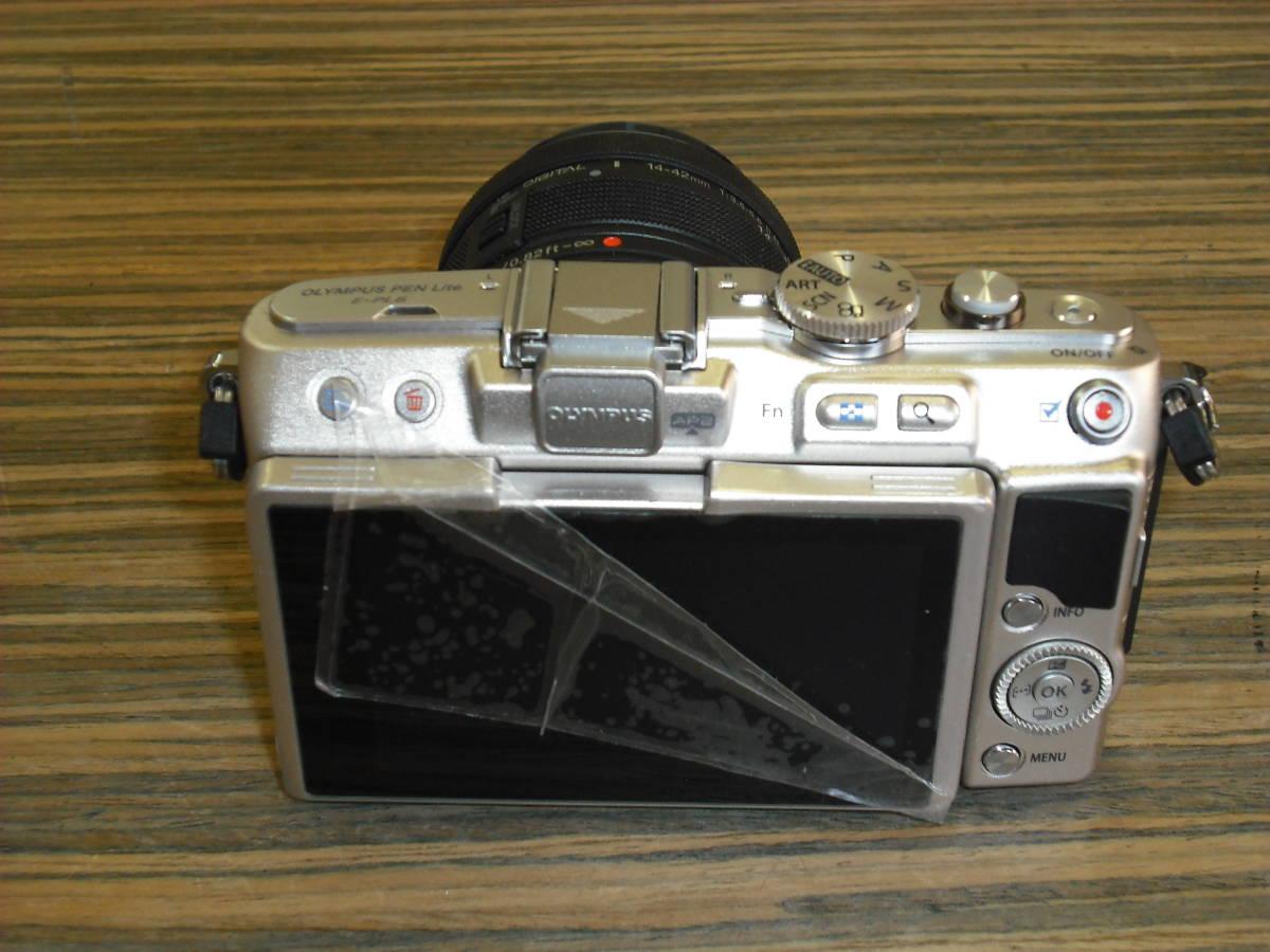 ■カメラ(中古品) 『OLYMPUS PEN Lite E-PL6』_画像2