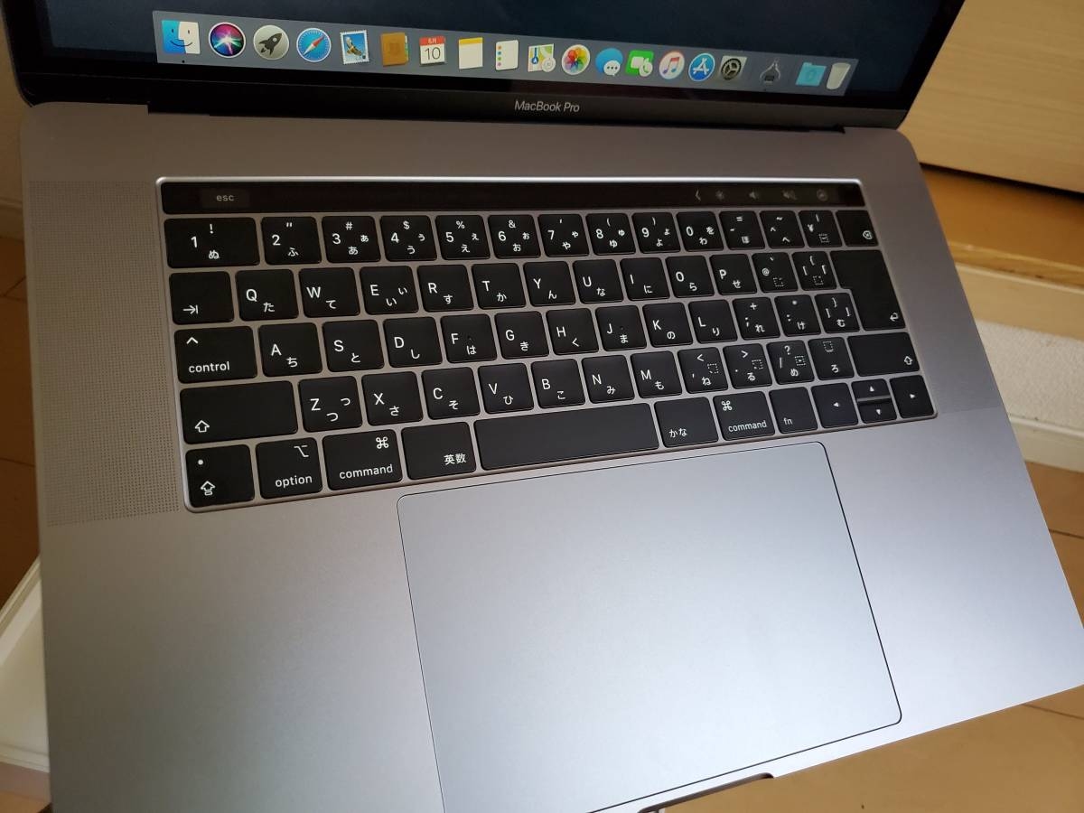 1円~ ●○美品●○ MacBook Pro 15インチ 2018 CTO Space Gray/スペースグレイ i9 2.9GHz SSD512GB メモリ16GB 新品同様_画像3