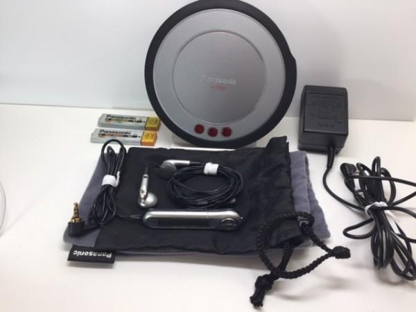 (054-02) 1円~[ 美品 動作品 ] Panasonic ポータブルCDプレーヤーSL-CT800 ブラック ♪ CD-R/RW / MP3再生OK