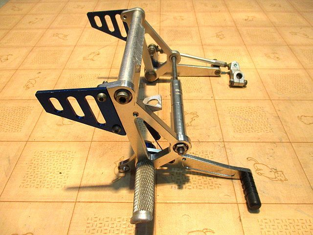 キタコ(KITACO)ディスクブレーキ専用バックステップキット:モンキーゴリラ