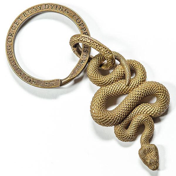 蛇(へび)モチーフのキーホルダー 真鍮製 銅製(黄銅) 本体約45㎜ 提物 へび スネーク 干支 巳年生れ 飾り 贈り物 縁起物