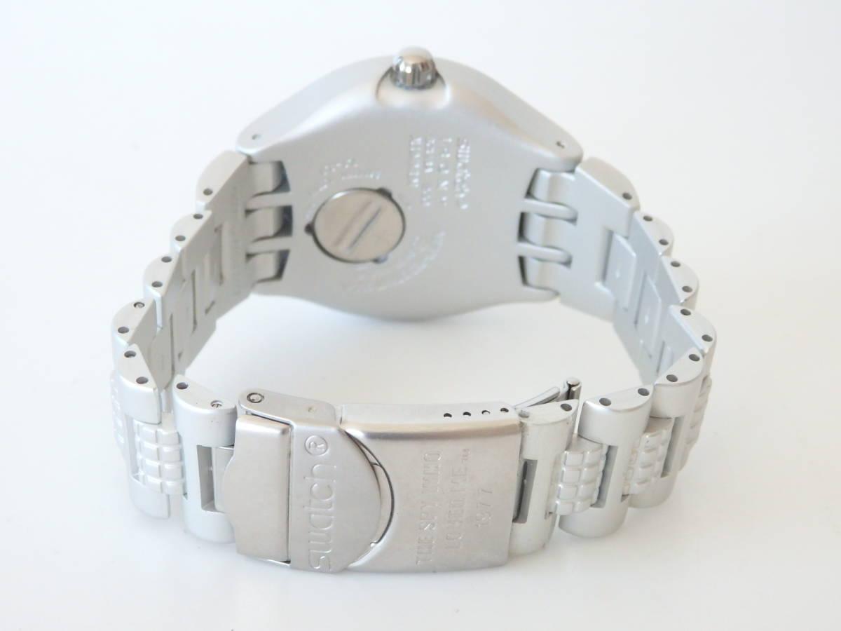 <本物 良品 Swatch スウォッチ 腕時計 IRONY アイロニー 007 コラボ作品 稼働品 電池交換済み>2.13.1 ☆定形外発送OK☆ 290円_画像3