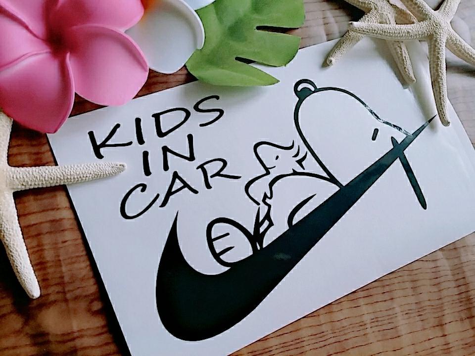 ☆送料無料☆オリジナルステッカー/カッティングステッカー/snoopy/KIDS IN CAR/BABY IN CAR/キッズインカー/ベビーインカー_画像1