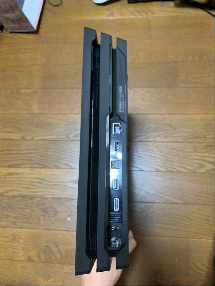 SONY PS4 Pro 1TB ブラック CUH-7000B 中古_画像3