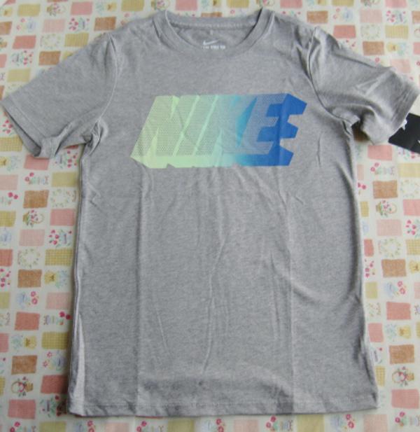 ★NIKE ナイキ 半袖 Tシャツ 140cm グレー_画像1