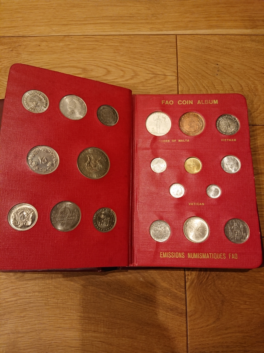 国連FAOコインアルバム第1部 レッド 計52枚 1968~1970年 貨幣 銀貨 MONEYALBUM_画像4