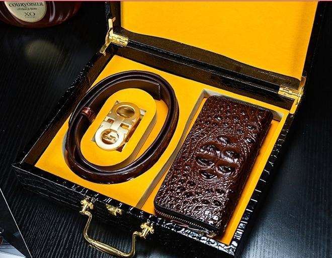 高級シャムクロコ 財布&クロコベルト クロコダイルレザー 長財布 腹部使用 ワニ革 本物 メンズ 紳士用 プレゼント_画像2
