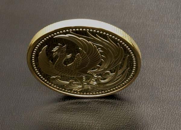 鳳凰 菊の御紋 記念メダル・コイン 金色・ゴールド 十六菊 皇室の菊紋 平成・令和 フェニックス 火の鳥 不死鳥 _厚さは3.2mmもあるので立ちます
