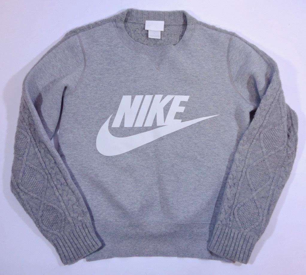 sacai/Nike最高傑作の一着/1番人気のグレー