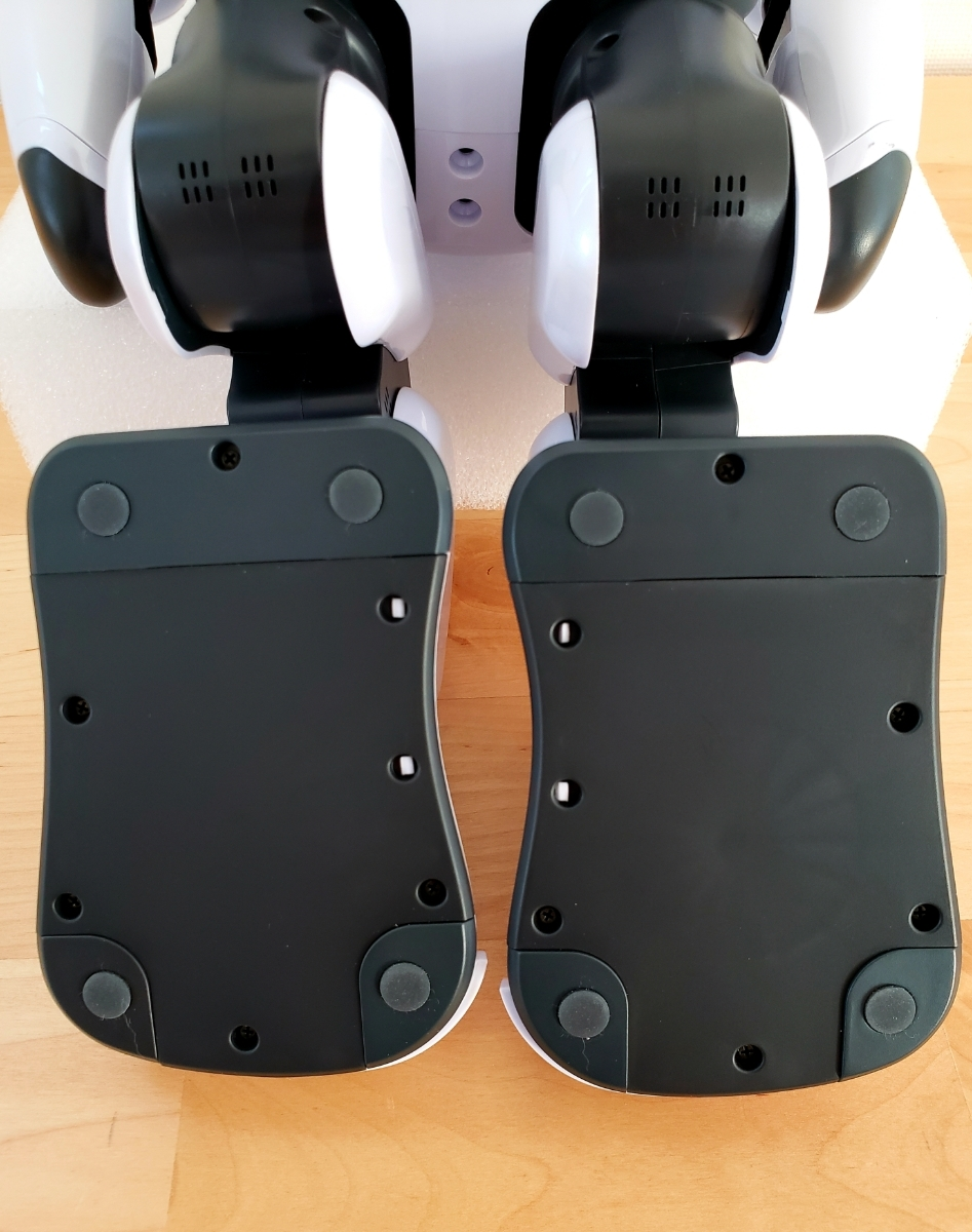 【美品・送料無料・即決あり】DMM make ROBOTS/FUJISOFT Palmi(パルミー) 二足歩行ロボット PRT-D004JW 購入価格32万円_画像4