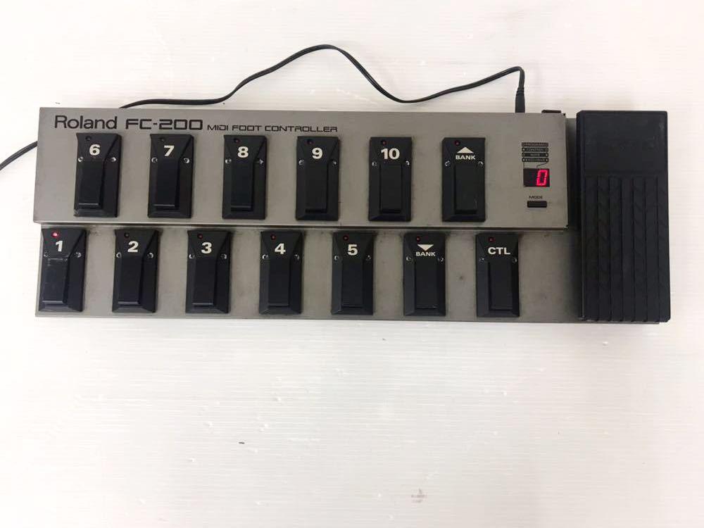 R051402 Roland FC-200 MIDIフットコントローラー 通電OK 動作未確認 ジャンク扱い