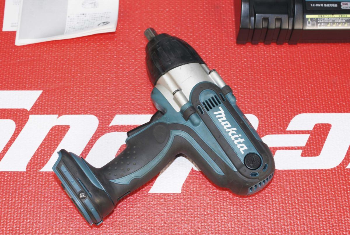 # マキタ makita 中古品 18V充電式インパクトレンチ (バッテリー無)最大締付トルク380N・mの高トルクモデル TW450D TW450DRFX_画像6