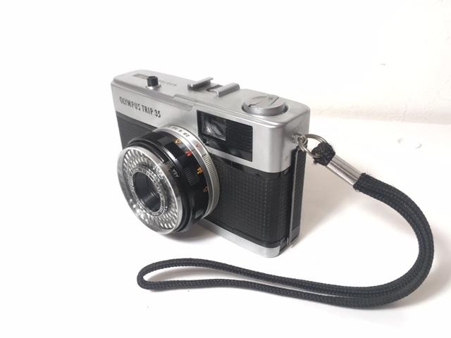 ※4247 OLYMPUS TRIP35 オリンパス 2:2.8 F=40mm フィルムカメラ 動作未確認 ジャンク