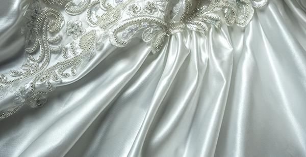 これぞウェディングドレス 最強光沢 超豪華 厚手 サテン 超つるつる ウェディングドレス_画像6