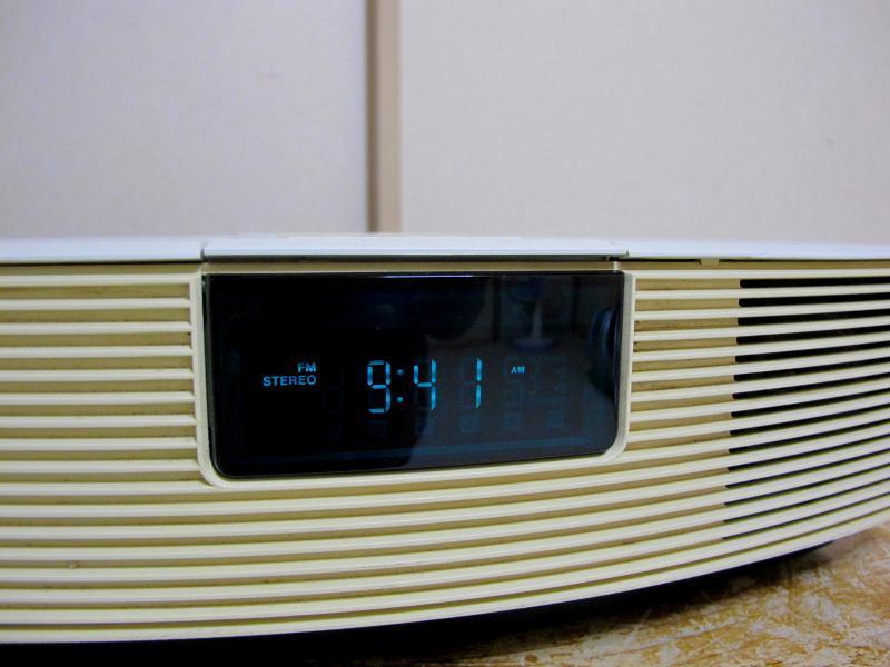 BOSE.ボ-ズのラジオ.WAVE RADIO.WAR1-0Wです_画像4