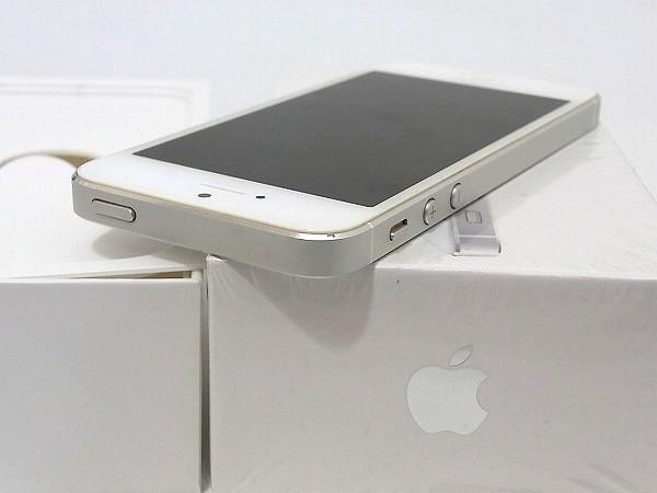 1円 美品 動作良好 3日間保証付Apple iPhone5 16GB シルバー ME040J/A au 判定○_画像5