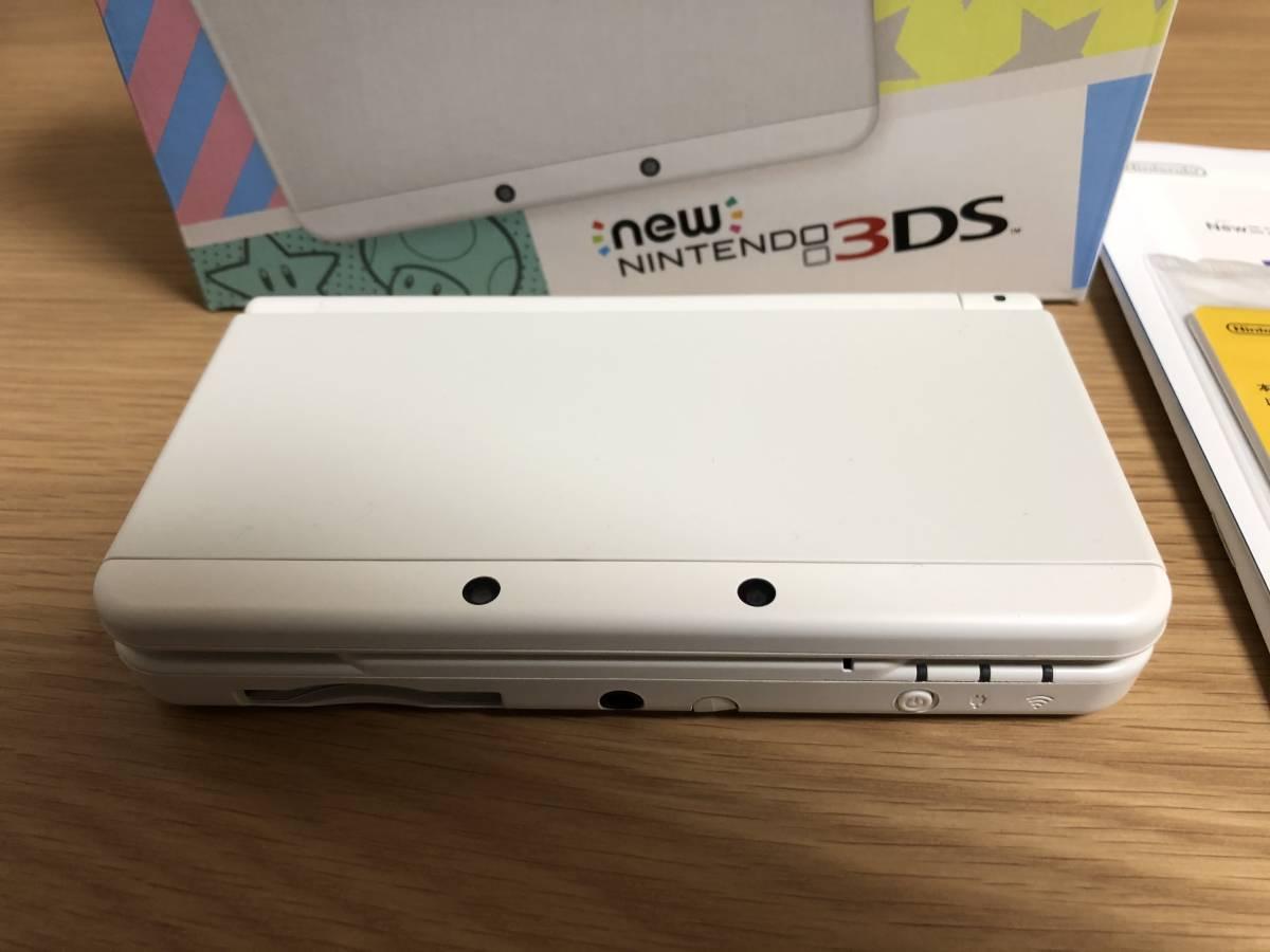 【新品同様】Newニンテンドー3DS ホワイト 元箱・付属品完備(ARカード未使用)_画像2