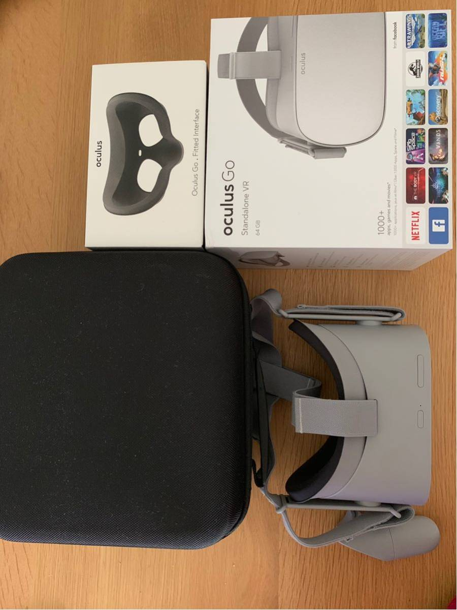 美品 oculus go 64GB + フィット型顔型パーツ + 専用ケース