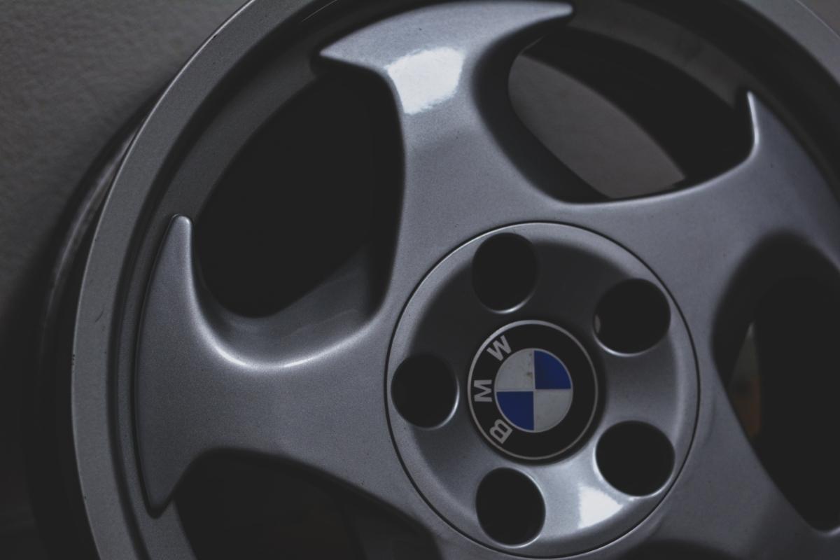 BMW E34 M5 Mテク 17インチ 4本セット ガリ傷なし 美品 Pcd120? 5H 当時物 E31 _画像3