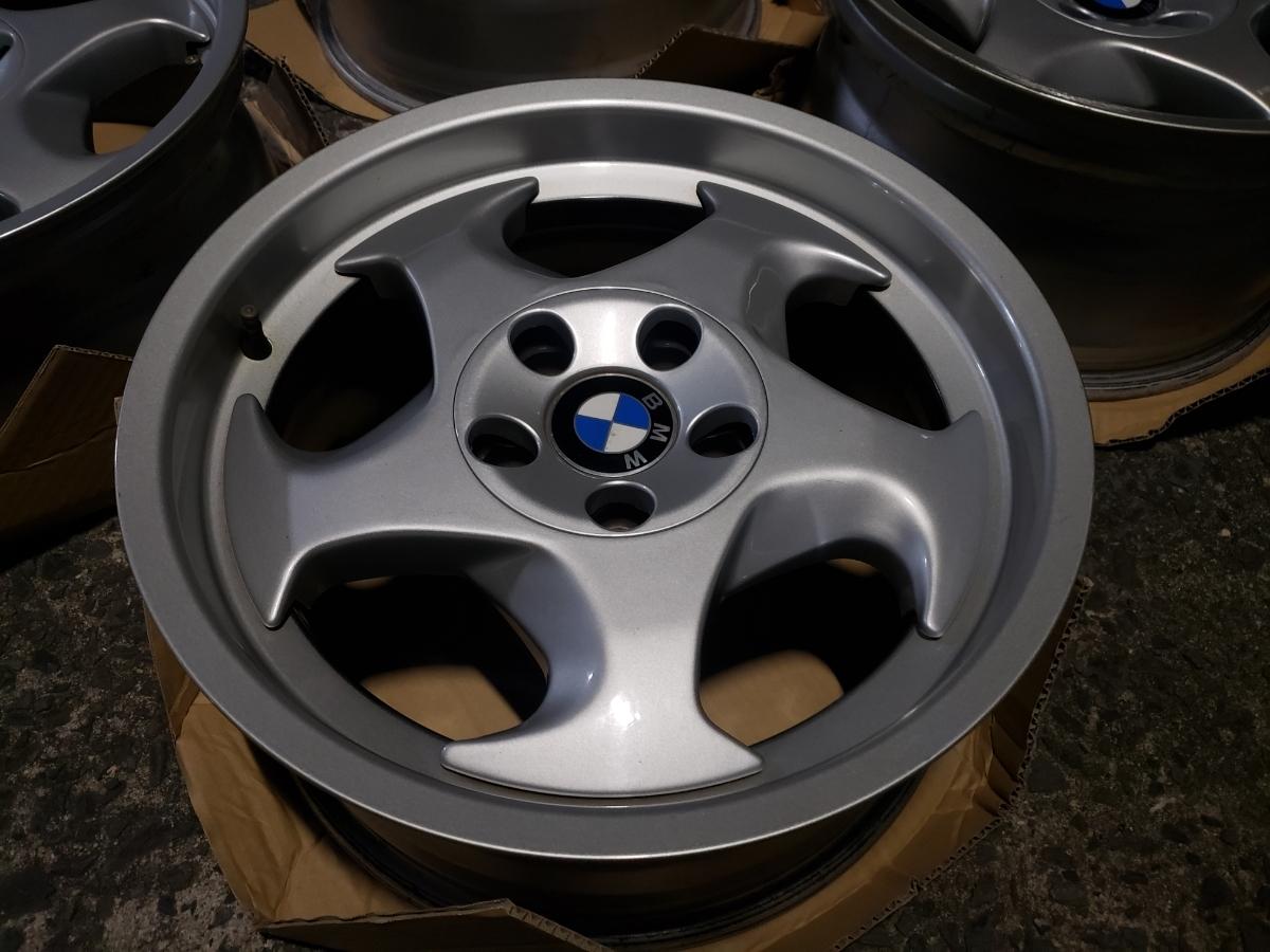 BMW E34 M5 Mテク 17インチ 4本セット ガリ傷なし 美品 Pcd120? 5H 当時物 E31 _画像5