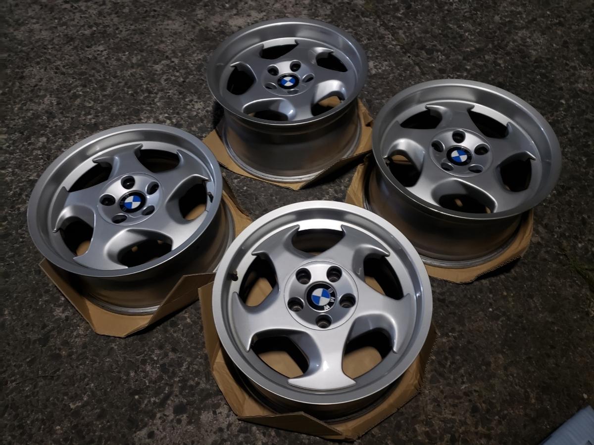 BMW E34 M5 Mテク 17インチ 4本セット ガリ傷なし 美品 Pcd120? 5H 当時物 E31 _画像4