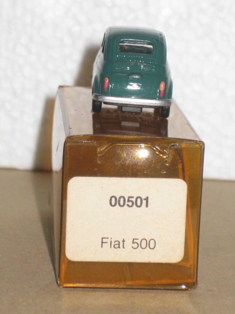 17)HOゲージ 1/87 I.M.U フィアット500 1台_画像7