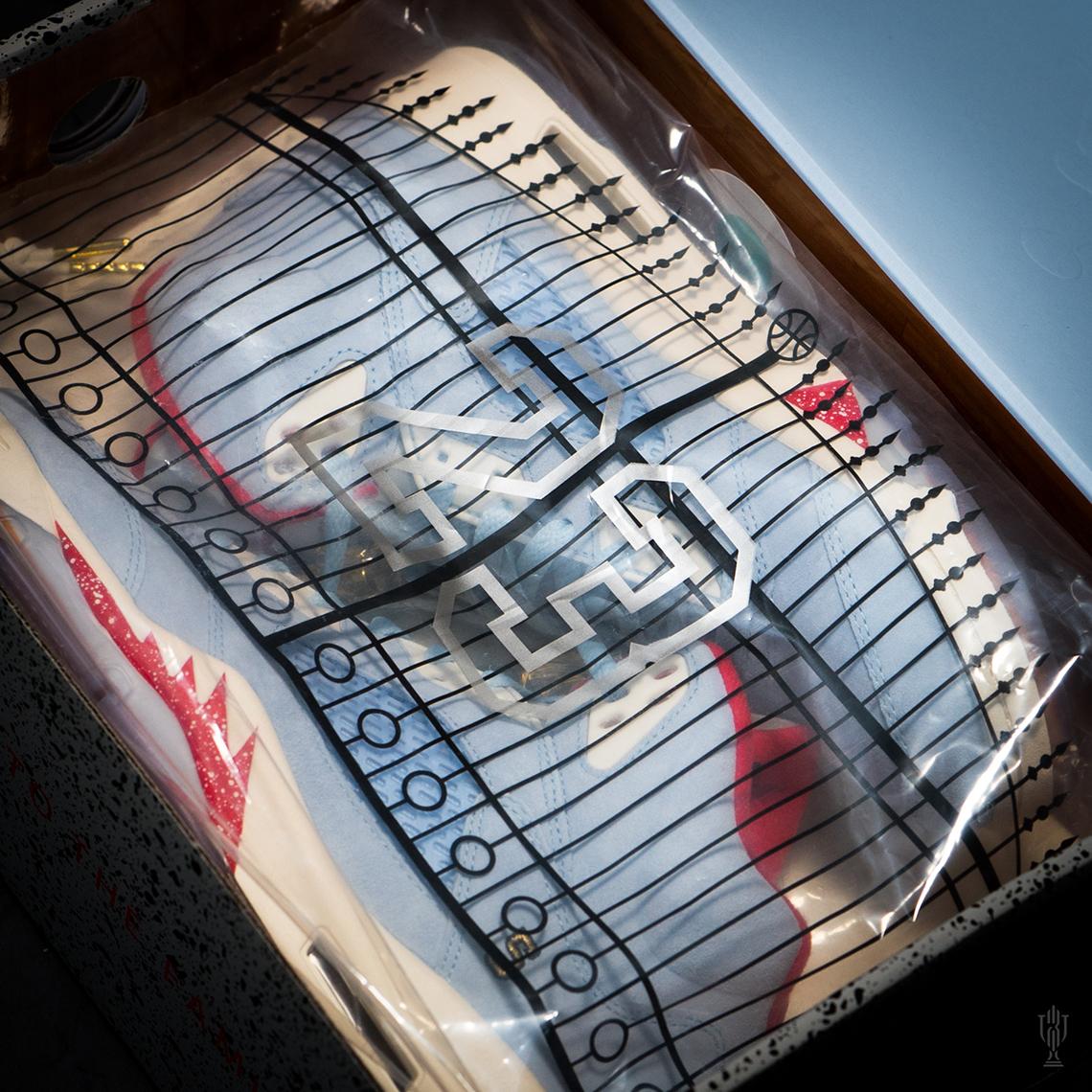 【超希少・26cm 】世界7000足限定 TROPHY ROOM × Air Jordan 5 Retro (ICE BLUE) トロフィールーム エアージョーダン 5 アイスブルー_画像5