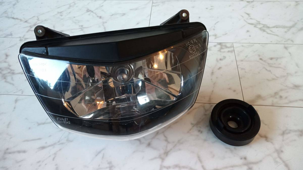 VTR1000F 純正ヘッドライト(ハロゲンバルブ・新品ゴムブーツ付き)