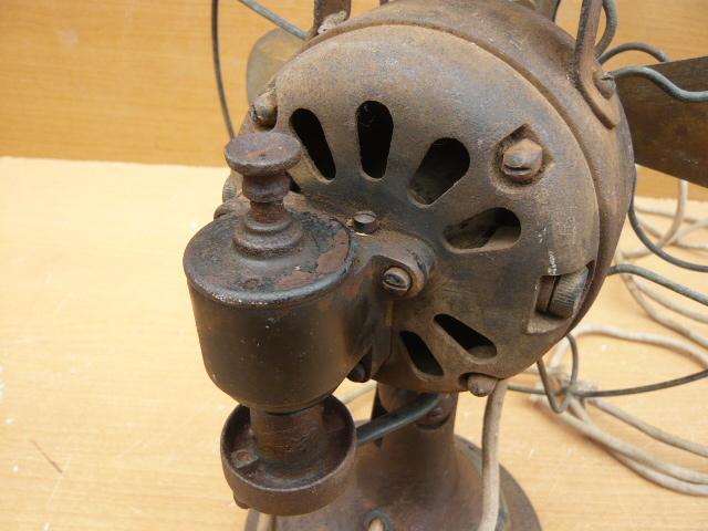 扇風機 芝浦電機 4枚羽根 鉄製 アンティ―ク_画像4
