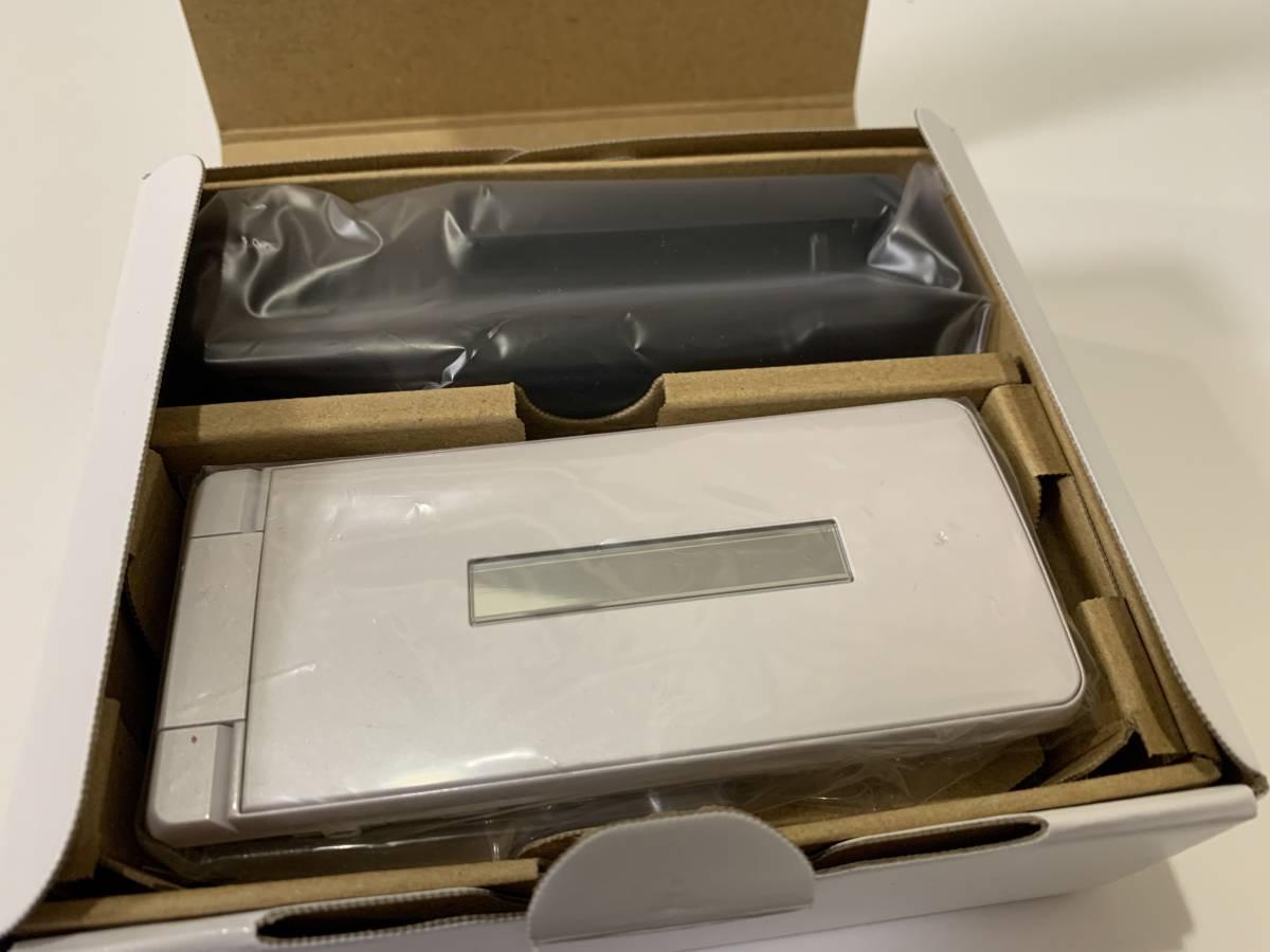 【即決】AQUOS ケータイ3 805SH SIMロック解除済み SoftBank ホワイト 新品 ソフトバンク 判定○ 白 アクオスケータイ