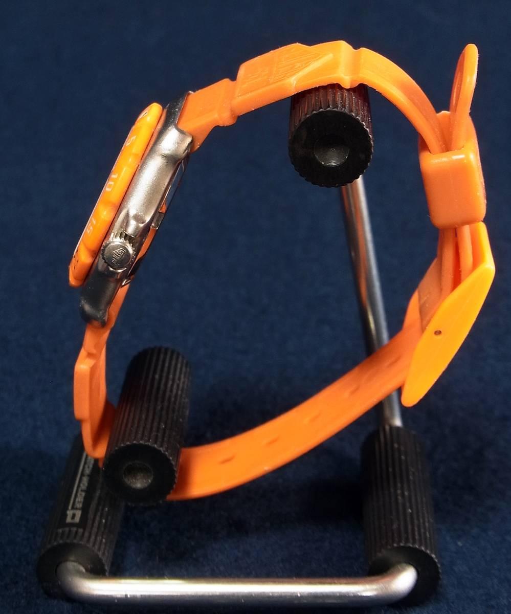 【ジャンク】タグホイヤー フォーミュラ1 オレンジ レディースサイズ クォーツ腕時計 [373.508] 動作品_画像2