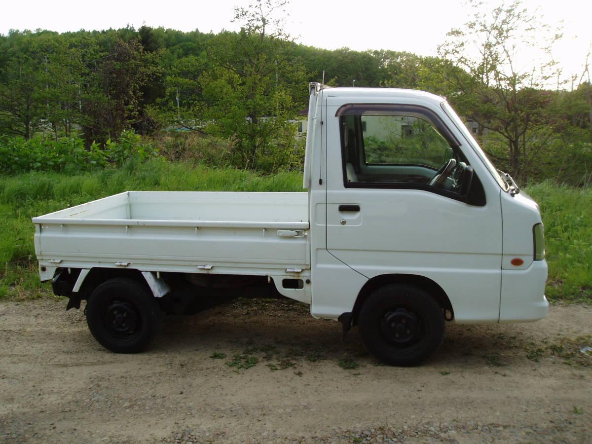サンバートラック 低走行 4WD AT 札幌~~ 即決特典あり_画像6