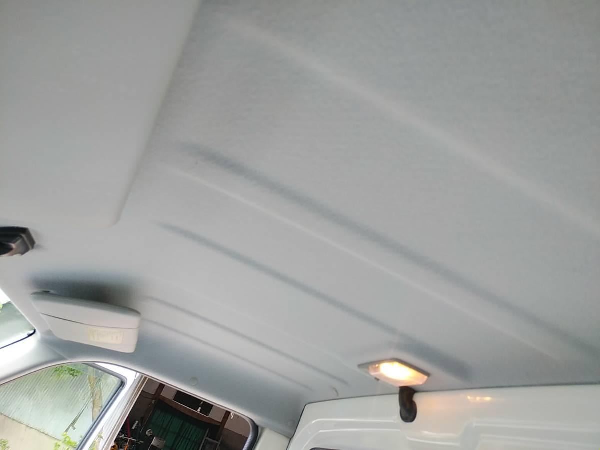 黄ばみ、変色などなくスッキリ清潔な天井