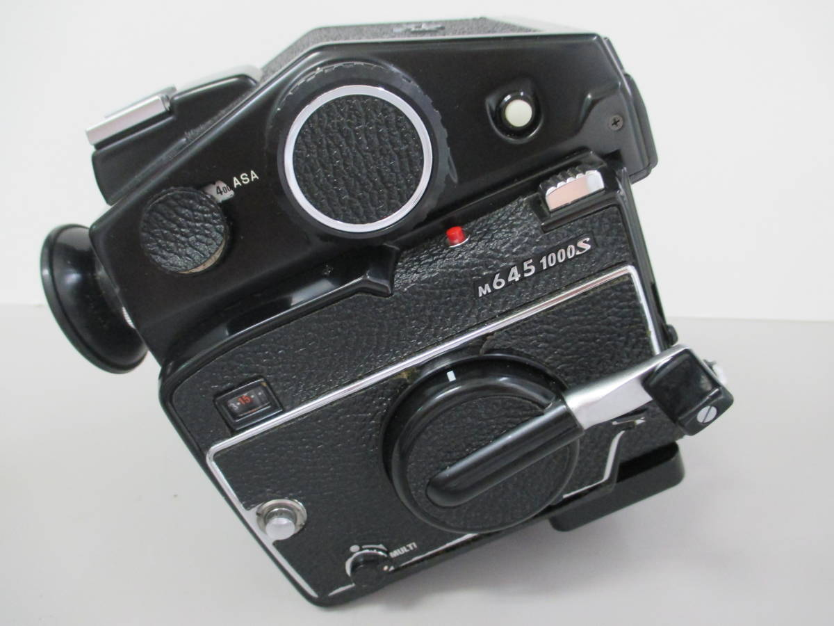U30684  中古★マミヤ M645 1000s 中判カメラ MAMIYA-SEKOR C 1:1.9 f=80mm レンズ グリップ 付き_画像5