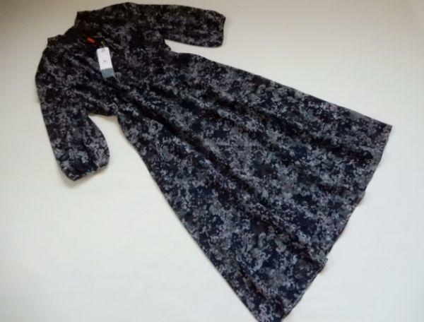 新品アマカコレクションAMACA40 モノトーンフラワープリント リボン付きドレス ワンピース/ドレス11号 Lサイズ相当(0)_画像2