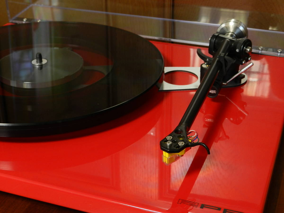 Rega(レガ)RP6//英国製 音楽再生の為のMODELです//カートリッジ装備//新品 開封のみ(メーカー保証付)¥183.600定価品_画像3