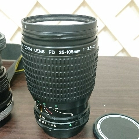 ☆Canon キヤノン A-1 FD50mm F1.4 S.S.C MF一眼レフカメラ 標準レンズ /100mm1:2.8 S.S.C/FD 35-105mm 1:3.5-4.5/レンズ3点付き訳あり_画像4