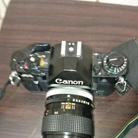 ☆Canon キヤノン A-1 FD50mm F1.4 S.S.C MF一眼レフカメラ 標準レンズ /100mm1:2.8 S.S.C/FD 35-105mm 1:3.5-4.5/レンズ3点付き訳あり_画像9