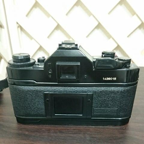 ☆Canon キヤノン A-1 FD50mm F1.4 S.S.C MF一眼レフカメラ 標準レンズ /100mm1:2.8 S.S.C/FD 35-105mm 1:3.5-4.5/レンズ3点付き訳あり_画像5
