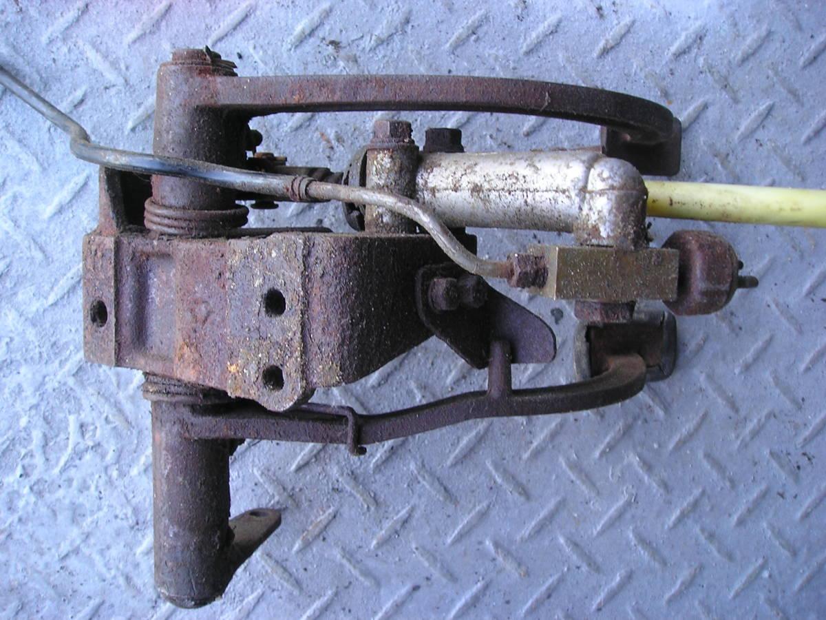 3輪ミゼット MP5型 フートブレーキペタル クラッチペタル ジャンク品_画像8
